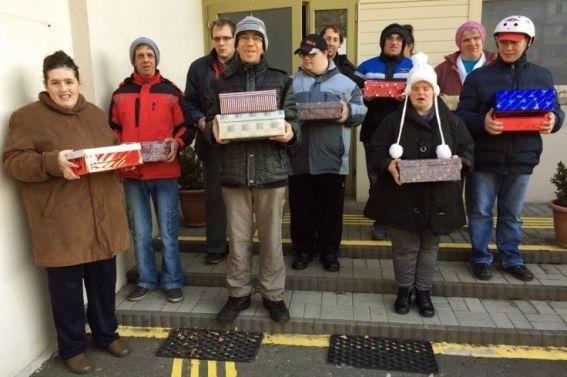 Önérvényesítők gyűjtöttek ajándékot szegény gyermekeknek Egerben