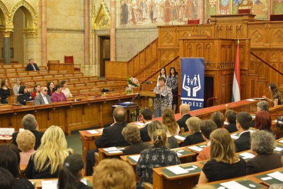 Az ÉFOÉSZ születésnapi ünnepsége a Parlamentben